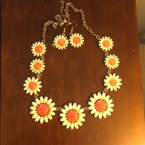 Pink and white daisy necklace and earrings